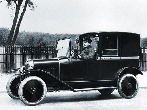 10 HP Type A Coupé Citroën Taxi Company 1921 official photo