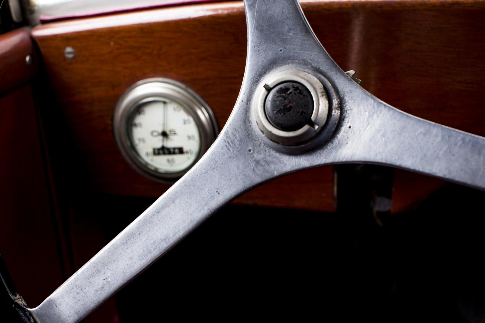 5 HP steering wheel