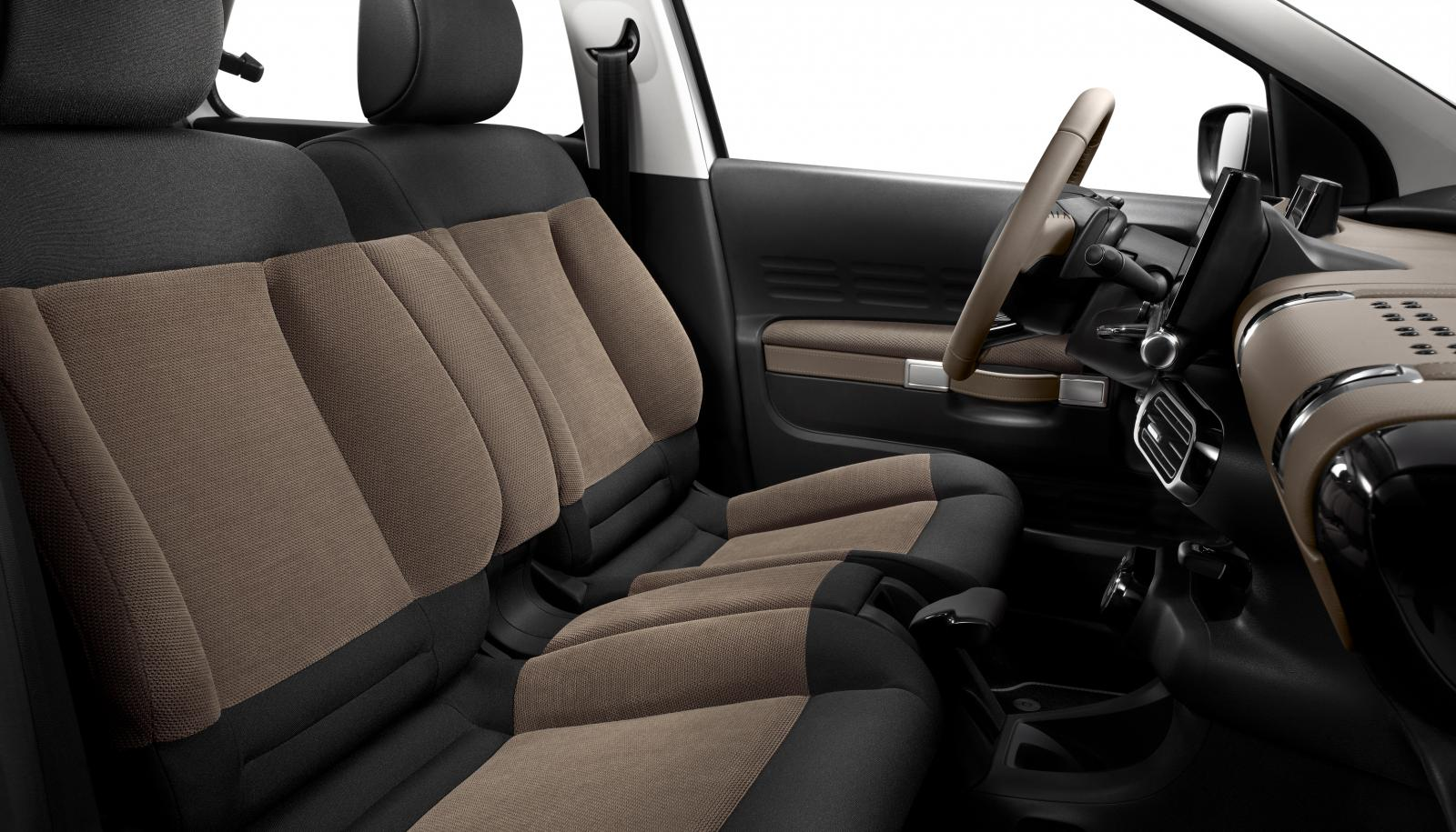 C4 Cactus Shine edition 2014 front seats