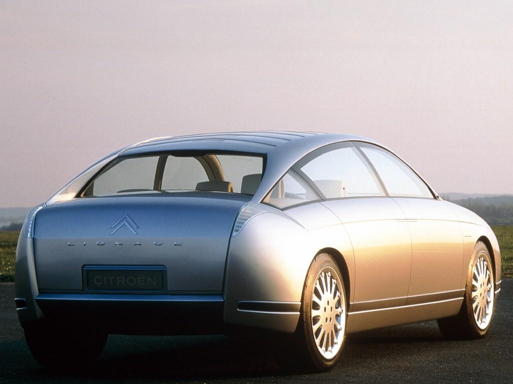 C6 Lignage 1999 concept foreshadowing the C6