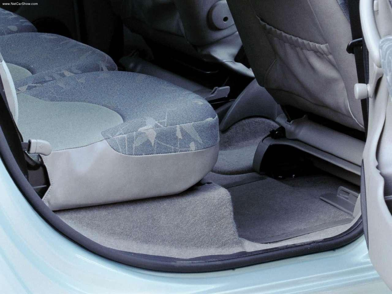 Xsara Picasso 1999 backseat